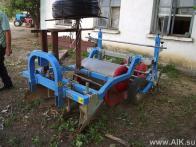 Машина для укладки пленки и капельной линии